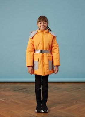 Orta Boy Oranj Çantalı Kız Anorak