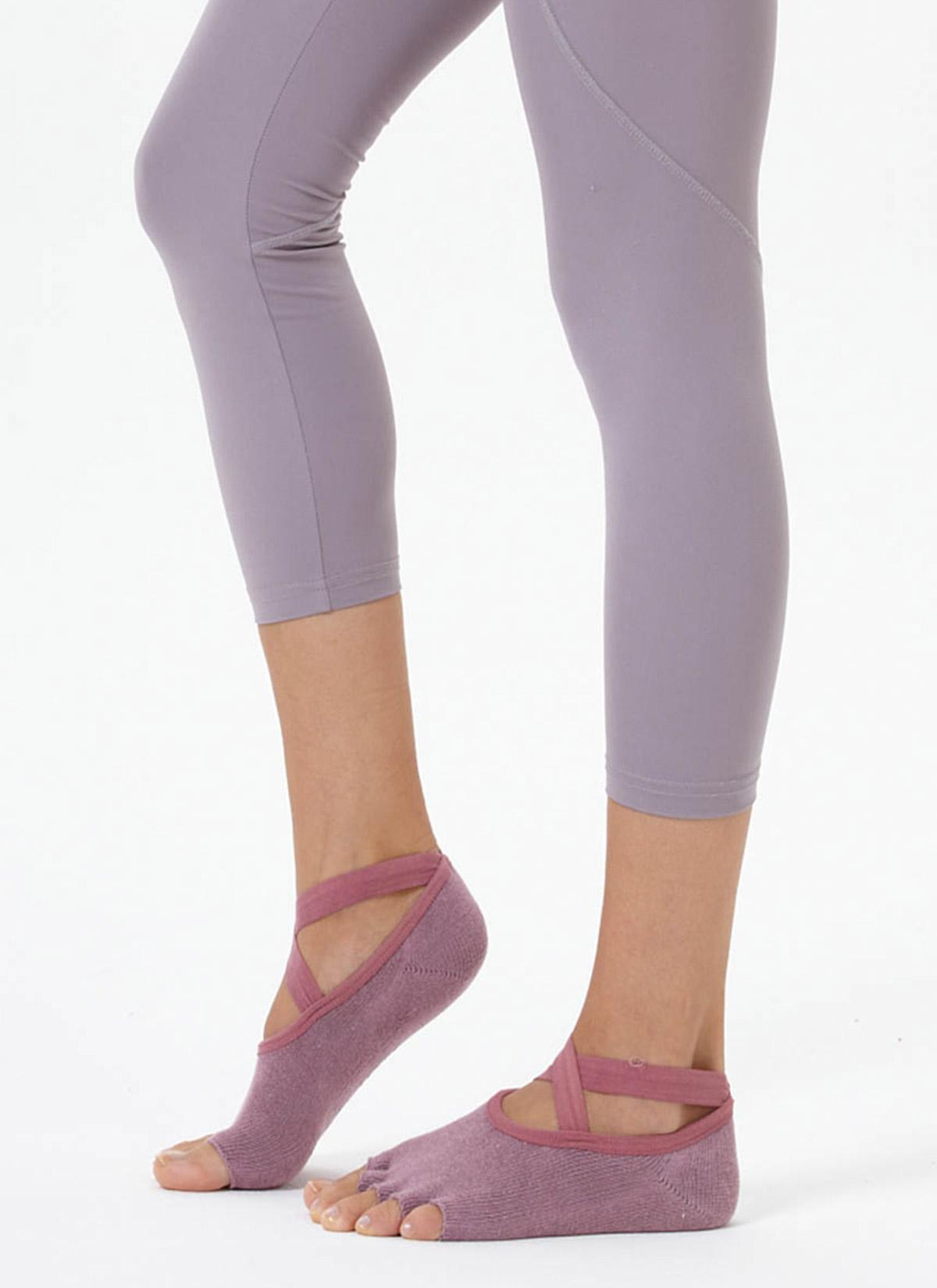 Gül Kurusu Çapraz Kayışlı Yoga & Pilates Çorabı
